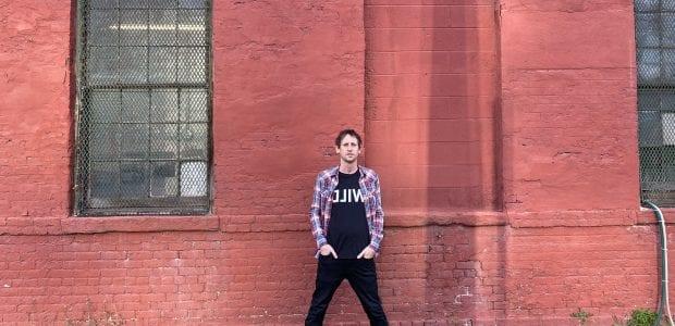 """""""מייד אין אמריקה"""" היא מסע מוזיקלי ברחבי ארה""""ב, דרך המוזיקה הטובה ביותר שיצאה מכל אחת מ50 המדינות. מניו יורק ועד אילנוי, מאיידהו ועד אלסקה – 50 תכניות על 50 המדינות בארה""""ב, בהגשת ובעריכת רן לוי, מניו יורק."""